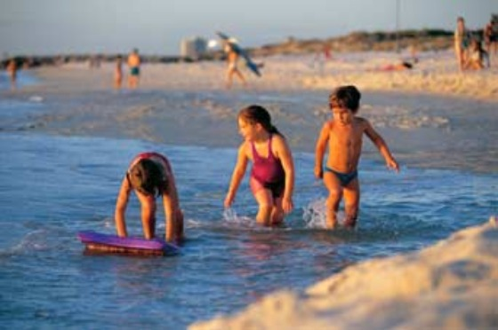 Perth ChildrenCityBeach Image Courtesy of Tourism WA hero 5601