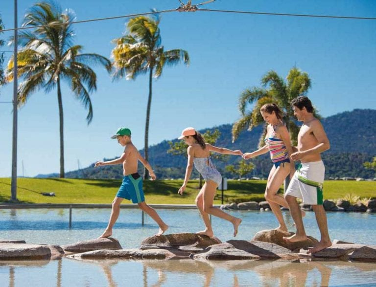 Free family fun at the Airlie Beach Lagoon CREDIT Tourism and Events Queensland 1