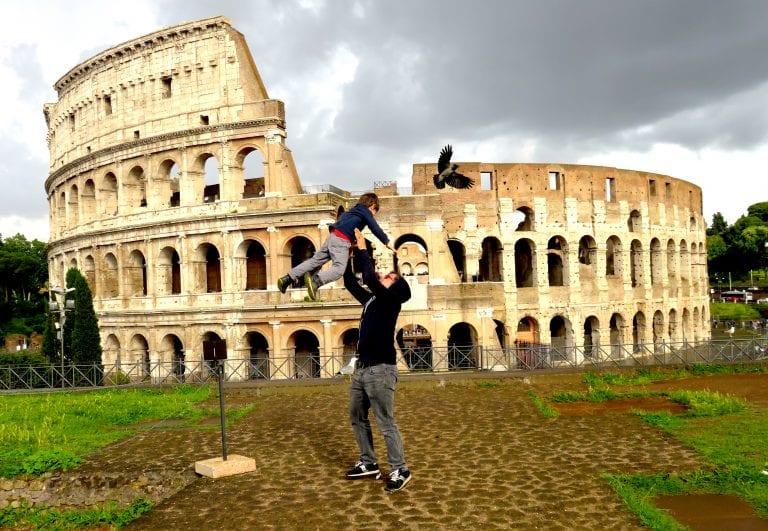 Colosseum bird throw