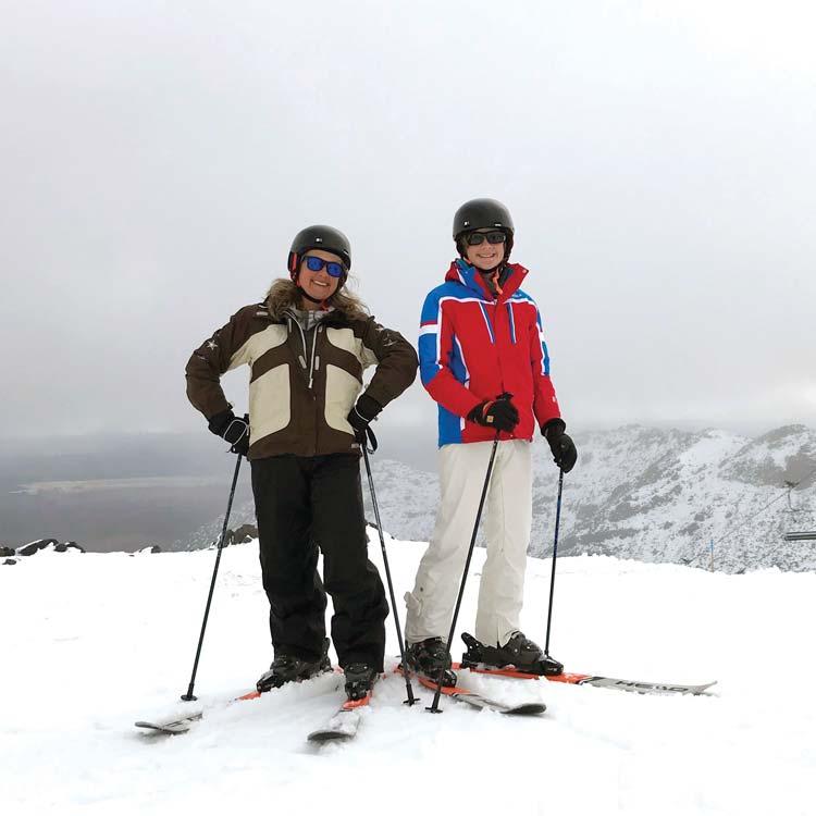 theo and elisabeth skiing at whakapapa
