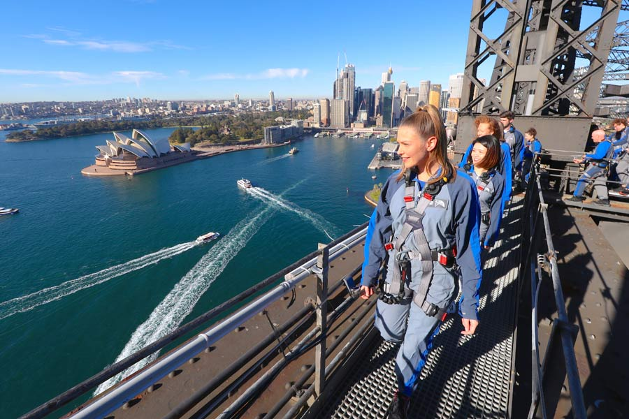 bridge climb sydney nsw