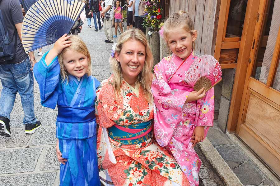 enjoy a cultural experience in japan tracey morris the blonde nomads