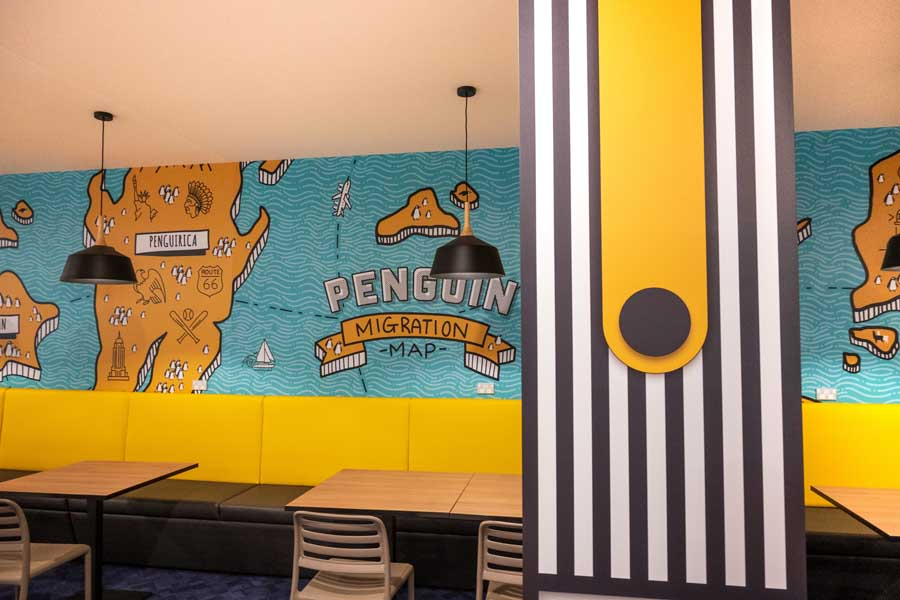 penguins restaurant at paradise resort gold coast