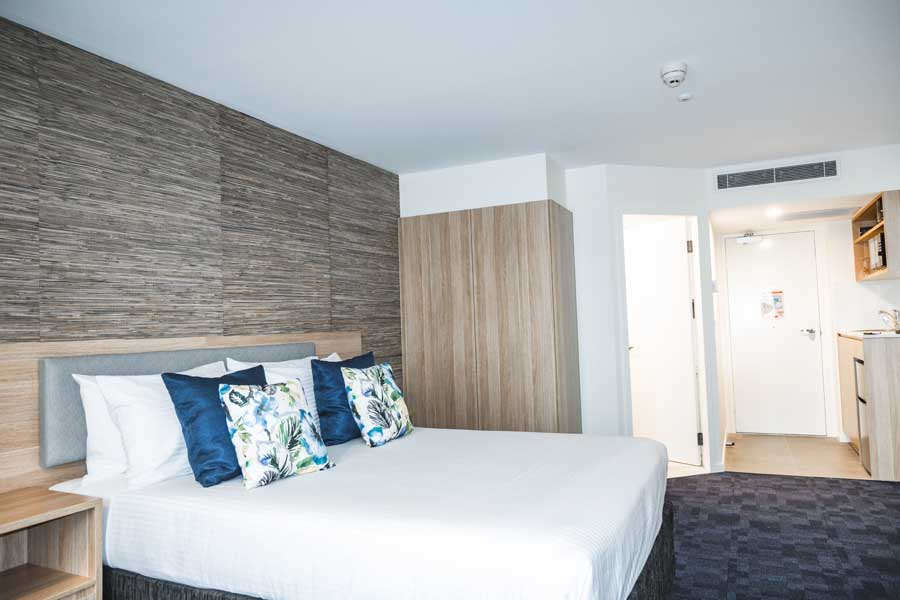 a deluxe resort room at paradise resort gold coast