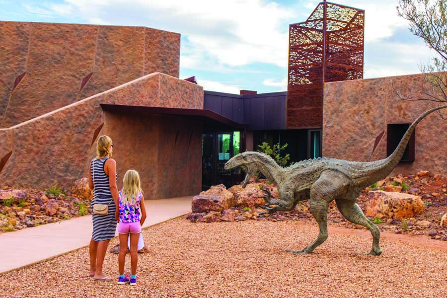 the australian age of dinosaurs museum. image tourism and events queensland