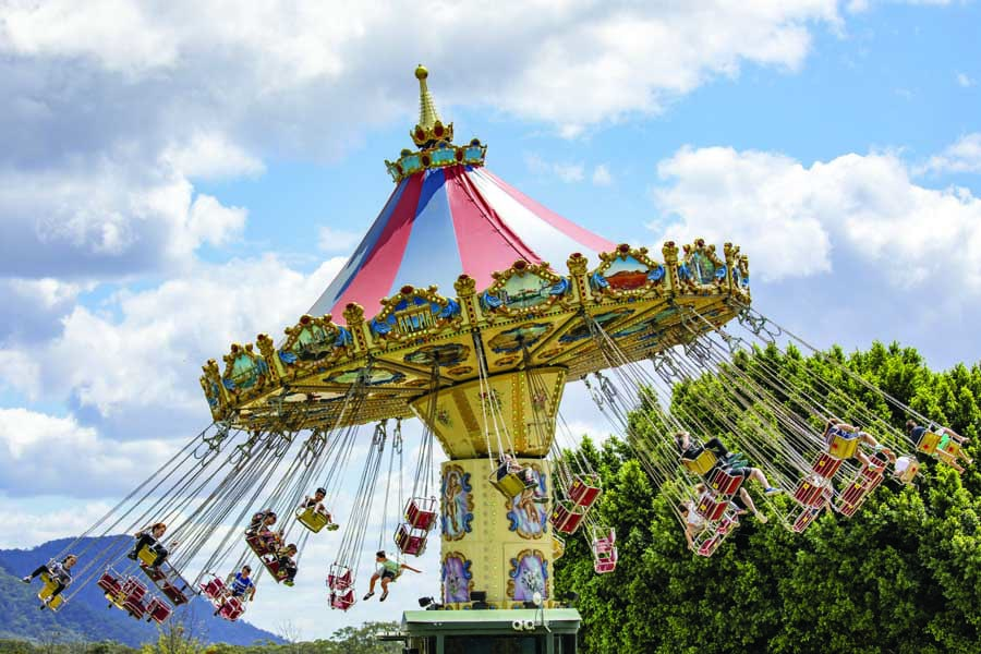 the carousel at hunter valley gardens. image destination nsw