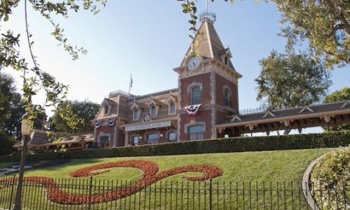 Disneyland California 2 Image Credit Chris Kane