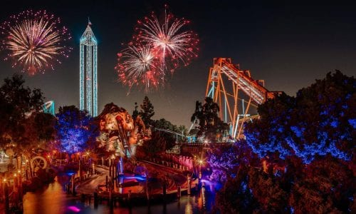 Knotts Berry Farm at night