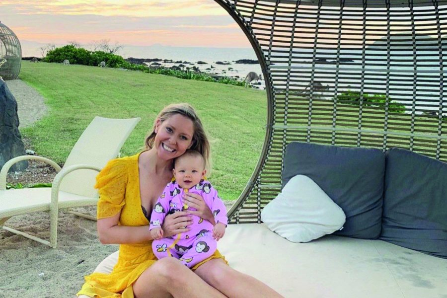 charli and her daughter at daydream island resort