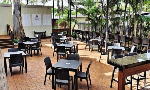 feature alfresco dining at big4 gold coast holiday park