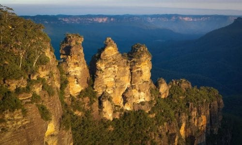 the beautiful blue mountains exploring with your family